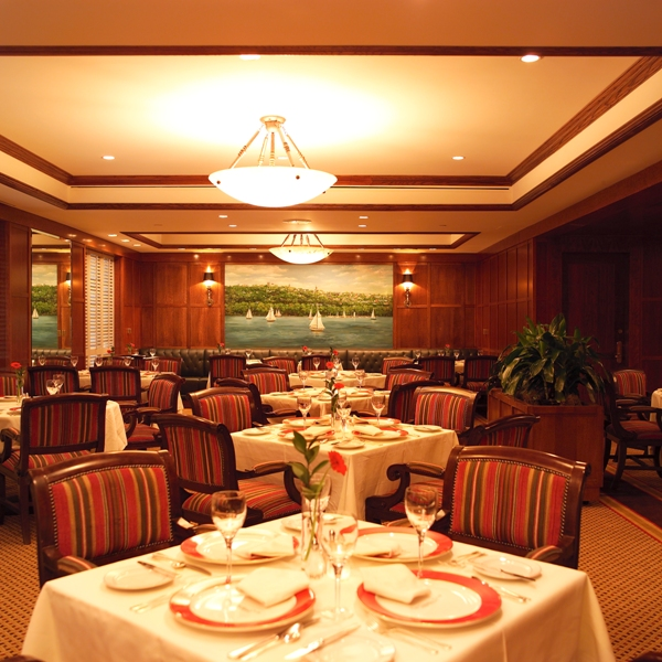The Cayuga Room for dining and entertainment at The Cornell Club - NYC